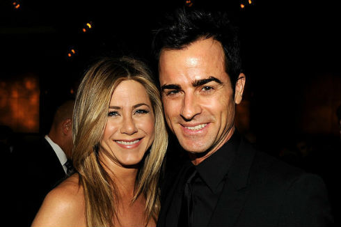 Prisegao Bogu i Jennifer Aniston - Hot Spot